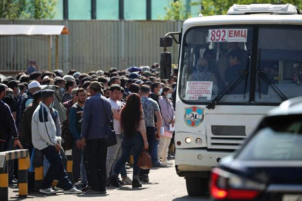 Правительство намерено упростить ввоз мигрантов в Россию
