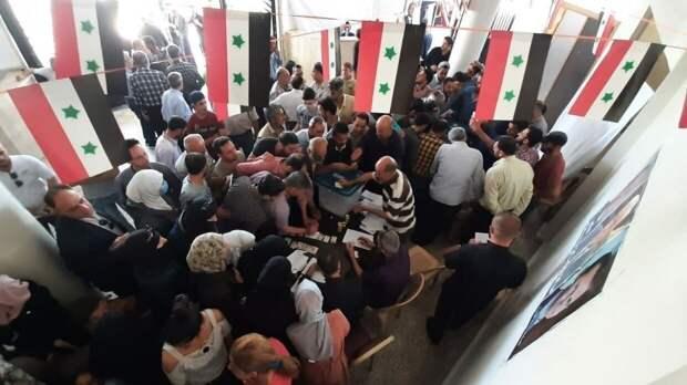 Избирательные комиссии Сирии начали подсчет голосов на выборах президента