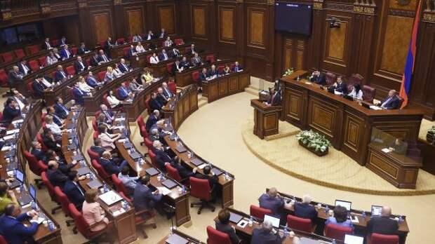 Парламент Армении соберется для выборов премьер-министра страны