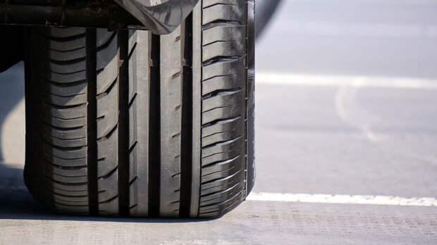 Водитель легковушки на полной скорости сбил двух женщин с детьми в КБР