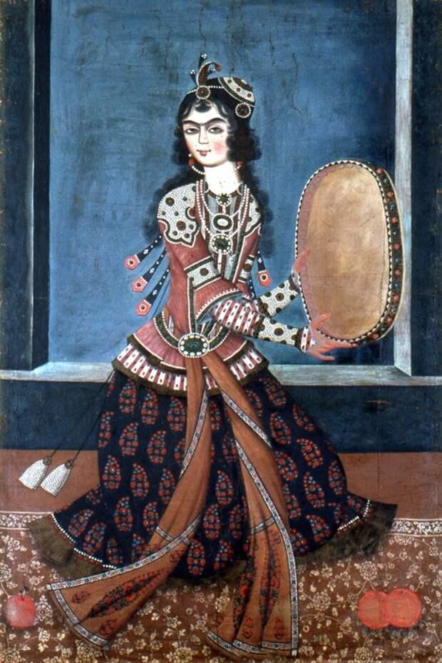 Танцующая с бубном, Иран, XIX век.