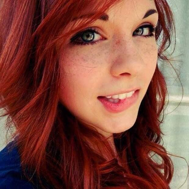 Милые девушки с рыжими волосами
