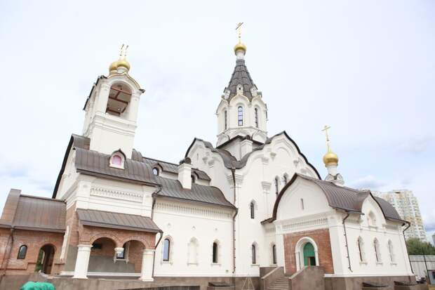 Храм на Митинской сдадут в ноябре