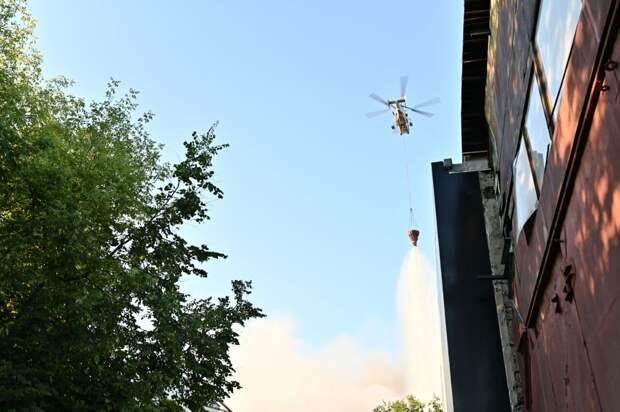 Пожар на складе пиротехники в Москве локализовали