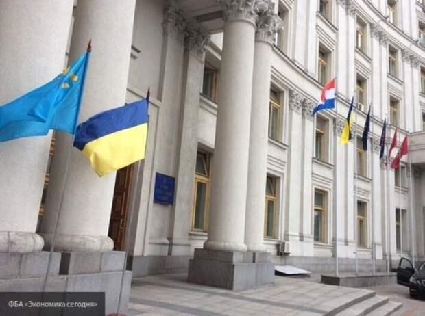 МИД попытался оправдаться за запрет на выезд в страны Европы украинских заробитчан
