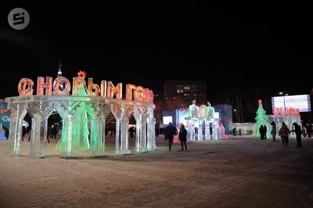 Власти Ижевска рассматривают несколько вариантов проведения новогодних гуляний