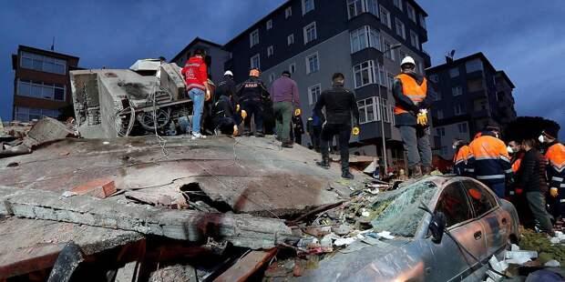 В Стамбуле не обнаружили жертв под завалами здания
