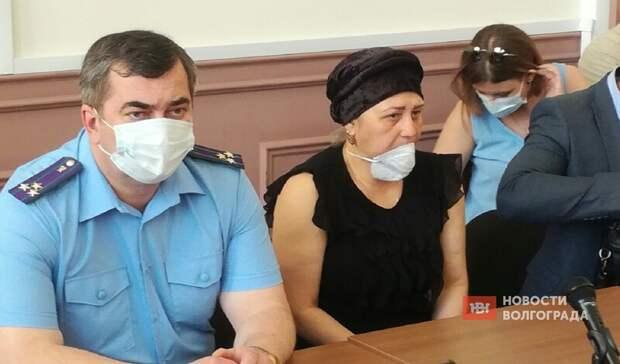 Мать убитого вВолгограде студента требует смертной казни