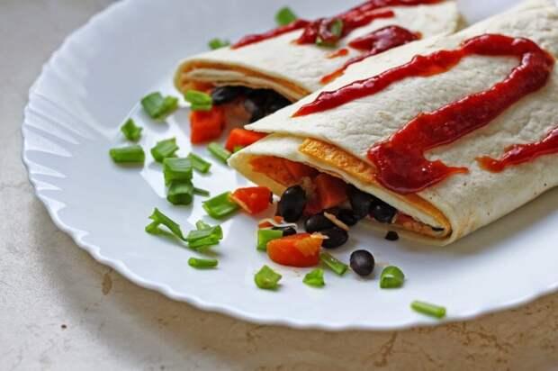 Очень сытный и вкусный буррито. \ Фото: mapasfactory.blogspot.com.