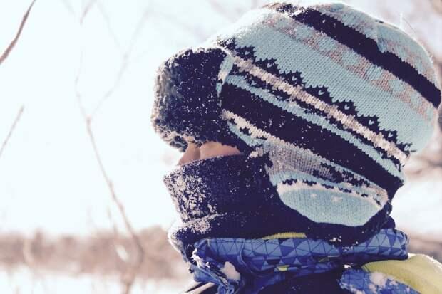 Врач дал советы по выбору одежды в морозную погоду