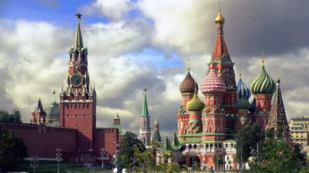 Доллар полетит вниз: Россия готовит удар в «подбрюшье» финансовой системы США