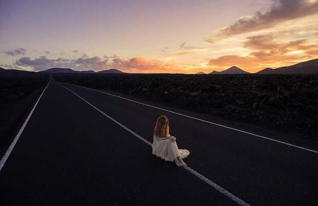 Ночная попутчица: прекрасная незнакомка или дьяволица? Мистические истории водителей
