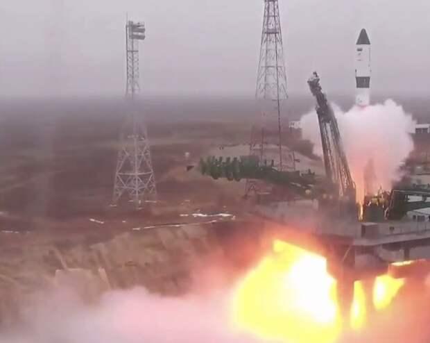 """Корабль """"Прогресс"""" не смог пристыковаться к МКС в автоматическом режиме"""