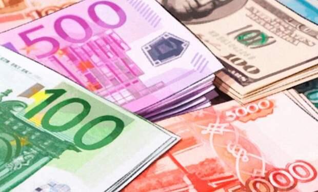 Sohu: Российской экономике будет выгоден обвал доллара