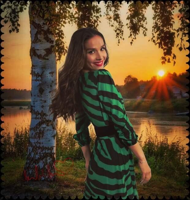 Наталия Орейро в кокошнике передала привет россиянам
