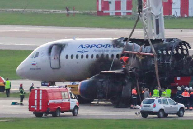 Ошибки спасателей при тушении SSJ-100