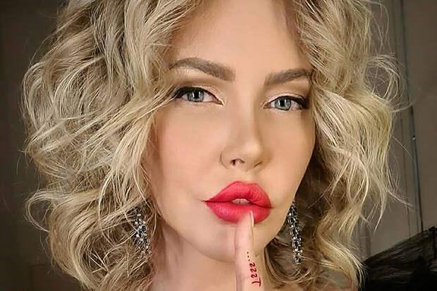«Трус и подлец»: Малиновская ополчилась на бывшего возлюбленного