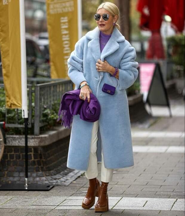 """Скажите """"нет"""" старости: верхняя одежда, которая есть в гардеробе у женщин 50+ с отменным вкусом"""
