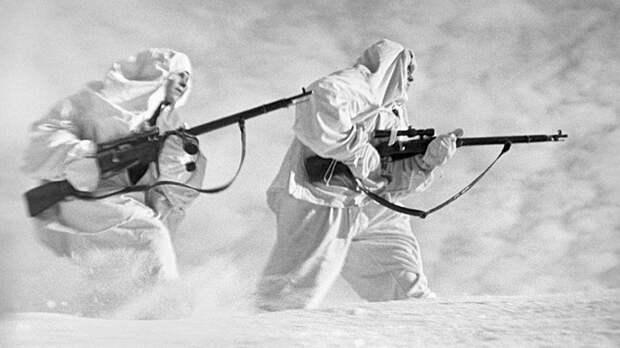 Снайперская охота. Как сибиряк Михаил Сурков ликвидировал своего 702-го фашиста