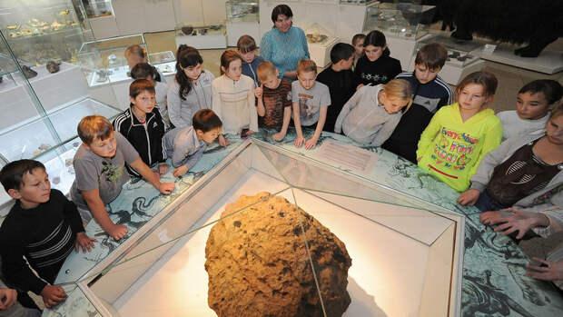7 лет Челябинскому метеориту