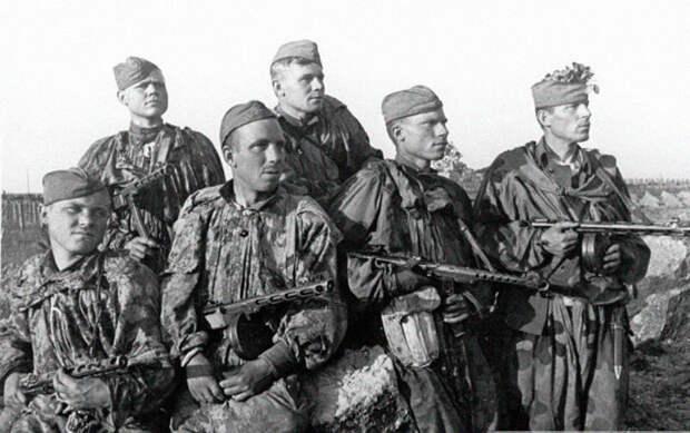 25 советских разведчиков против 5000 немецких солдат