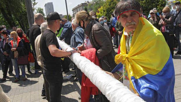 Такого даже в Рейхе не было: Гаспарян оценил циничный выпад Слуги народа