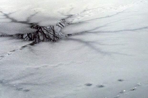 В Хабаровском крае двое детей провалились под лед и утонули