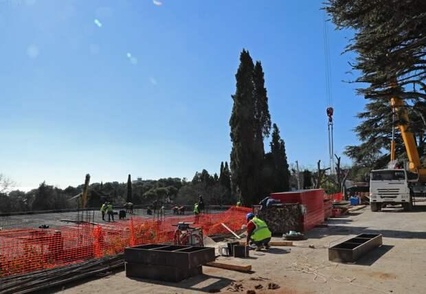 Форосский парк закатают в бетон к концу года