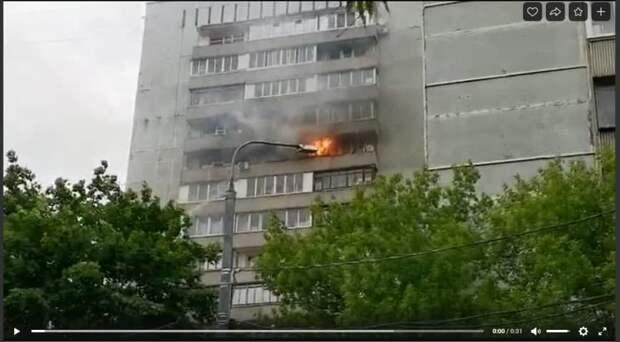 Непотушенная сигарета стала причиной пожара в квартире на Волоколамке