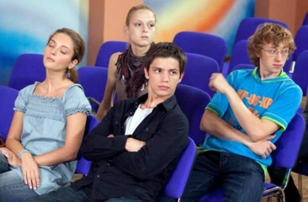 Василий Лыкшин в сериале *Ранетки*, 2009 | Фото: stuki-druki.com