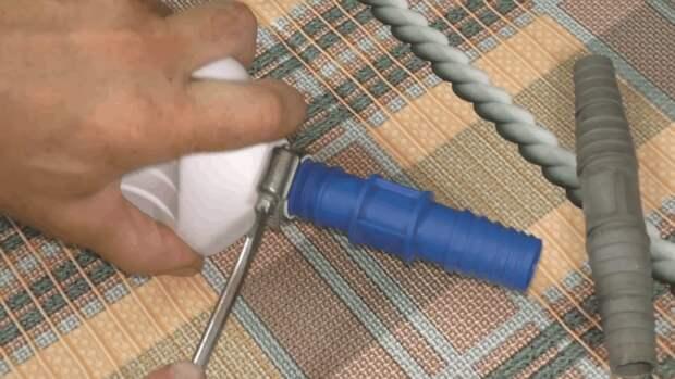 Практичная поливалка для дачи: полезная самоделка из простых материалов