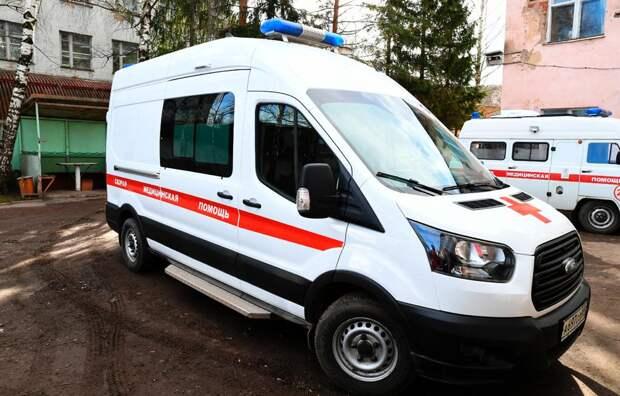 Маленький ребёнок выпал из окна в Тверской области