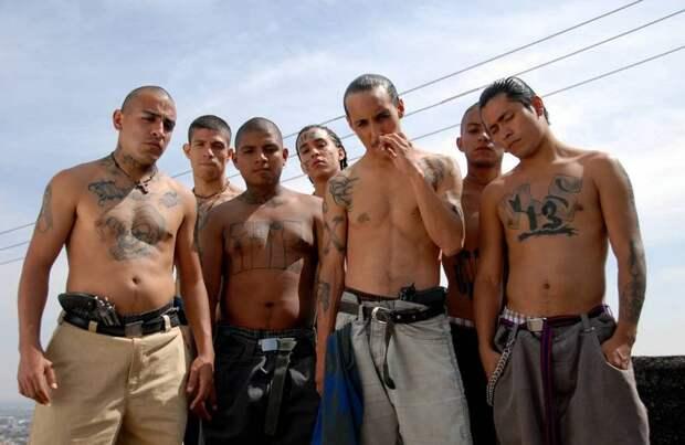 Страшные ритуалы самой жуткой банды Америки