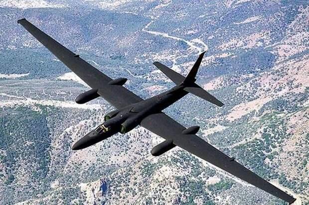 США подняли в небо «сверхсекретный» самолет из-за ситуации на российско-украинской границе