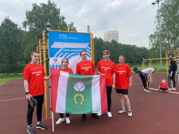 На соревнованиях по настольному теннису спортсменка из Молжаниновского получила «бронзу»