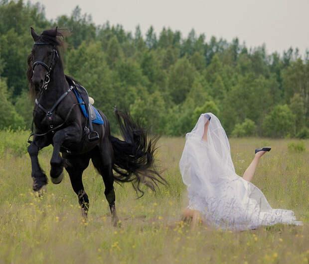 17 свадебных фотографий, которые точно никогда не забудут ни молодожены, ни гости, ни случайные зрители