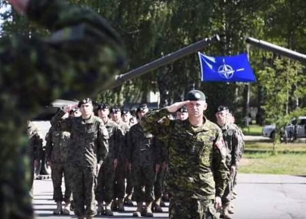 Агрессивная активность у границ России