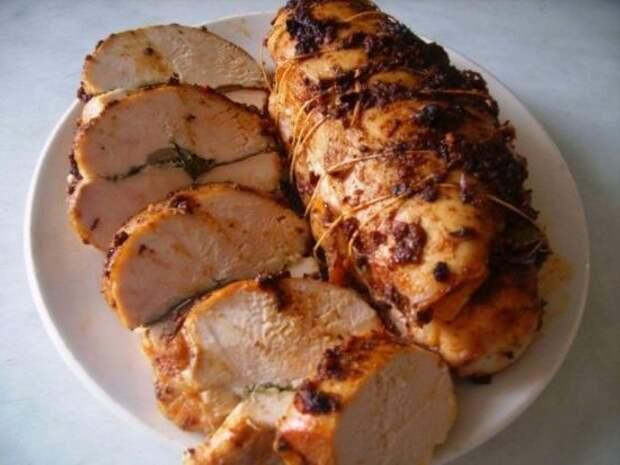 Как делается пастрома из курицы в домашних условиях: рецепт и особенности приготовления печеной куриной закуски