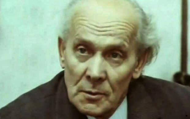 Отец Владислава, актер Вацлав дворжецкий