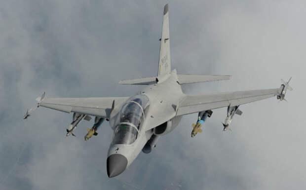 Лёгкий истребитель M-346FA. flightglobal.com - Итальянская «летающая парта» учится воевать | Военно-исторический портал Warspot.ru