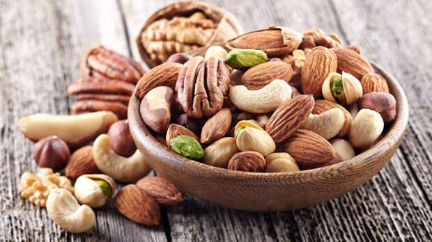 5 самых полезных орехов — и почему в списке нет арахиса