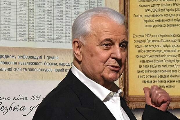 Леонид Кравчук рассказал о принудительной передаче Крыма Украине