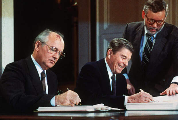 Тайные протоколы Рейгана-Горбачёва