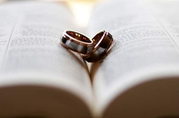 Собянин открыл Дворец бракосочетания на Бутырской улице после капремонта
