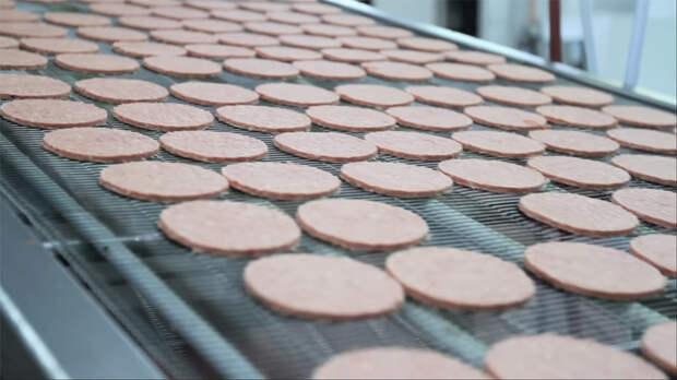 Пища недалекого будущего: Как готовят мясо из пробирки