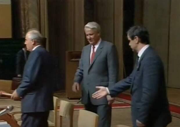 Ельцин против Горбачева – борьба разрушителей страны