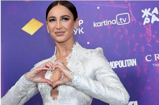 Ольга Бузова допустила уход в политику
