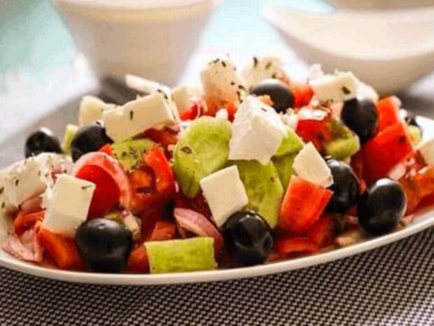 5 рецептов овощных диетических салатов