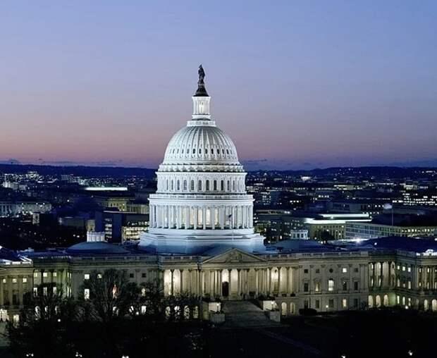 """Конгресс США включил в проект военного бюджета санкции против """"Северного потока - 2"""""""
