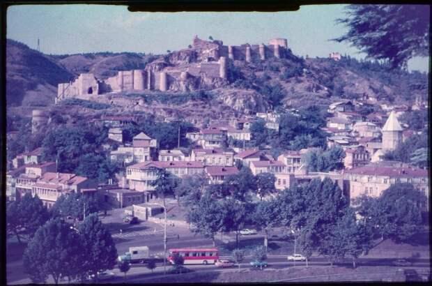 Крепость Нарикала и старый город Тбилиси Алексей Погорелов, август - сентябрь 1988 года, Грузинская ССР, г. Тбилиси, из архива Алексея Анатольевича Погорелова.